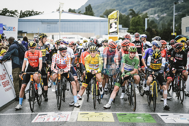 The peloton line up for the start of Stage 9 of the 2021 Tour de France, running 150.8km from Cluses to Tignes, France. 4th July 2021.  <br /> Picture: A.S.O./Pauline Ballet | Cyclefile<br /> <br /> All photos usage must carry mandatory copyright credit (© Cyclefile | A.S.O./Pauline Ballet)