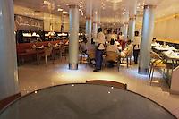 "Asie/Inde/Maharashtra/Bombay: Restaurant ""Tendulkars"" au 34 Chatrapti Shivaji"