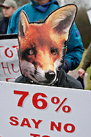 Cholesbury, Buckinghamshire, England, 26/12/2003..The Aylesbury Vale  Hunt and anti hunt demonstrators from the League Against Cruel Sports.before the traditional Boxing Day fox hunt in what may be the last legal hunting season in the UK, as Parliament moves to ban hunting with dogs.