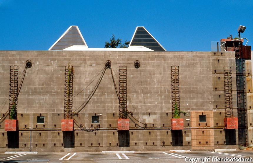 Eric Owen Moss: Gary Group facing interior court--parking lot. 1988-1990. Photo 1999.