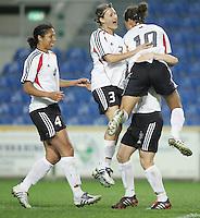 MAR 15, 2006: Faro, Portugal:  Stephanie Jones, Sonja Fuss, Petra Wimbersky, Celia Okoyino Da Mbabi