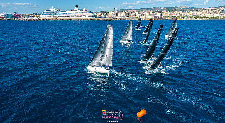 A brand new world championship format - the Mixed Two Person Offshore Worlds