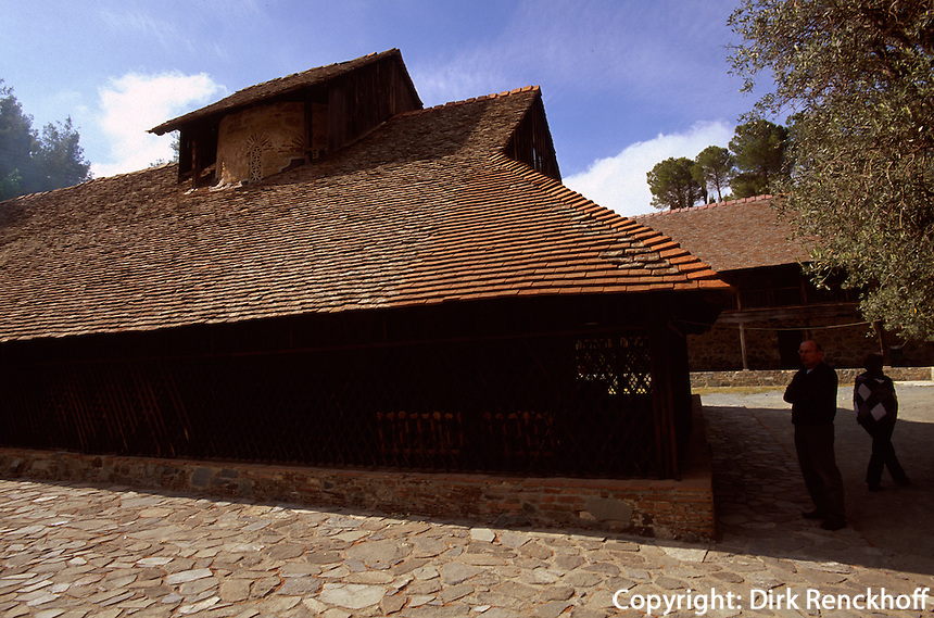 Zypern (Süd), Scheunenkirche Panagia Arakou in Lagoudera im Troodos, Unesco-Weltkulturerbe