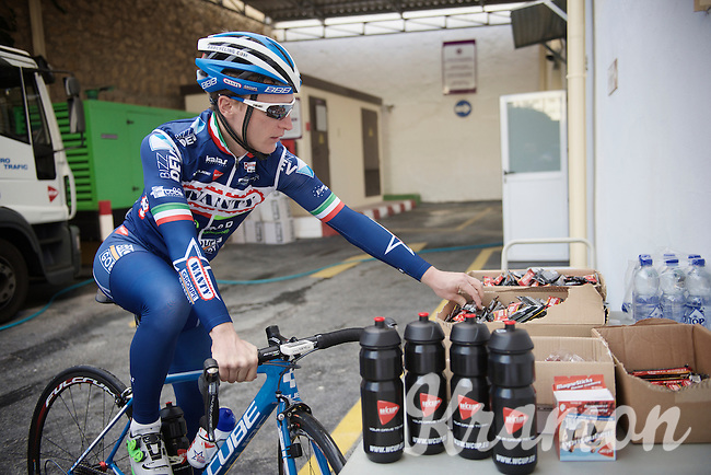 Enrico Gasparotto (ITA/Wanty-Groupe Gobert) stuffing enough energy for another long day on the bike<br /> <br /> Pro Cycling Team Wanty-Groupe Gobert <br /> <br /> Pre-season Training Camp january 2016