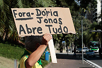 Campinas (SP), 27/03/2020 - Protesto-SP - Empresário e comerciantes de Campinas, interior de São Paulo, realizaram umprotesto em frente a prefeitura nesta sexta-feira (27), pedindo a abertura do comércio na cidade.