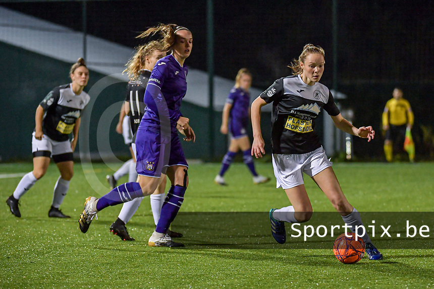 Aalst's forward Daisy Baudewijns (30) pictured during a female soccer game between RSC Anderlecht Dames and Eendracht Aalst Ladies  on the fourth matchday of the 2020 - 2021 season of Belgian Womens Super League , Tuesday 13 th of October 2020  in ANDERLECHT , Belgium . PHOTO SPORTPIX.BE | SPP | STIJN AUDOOREN