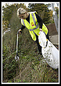 22/10/2007       Copyright Pic: James Stewart.File Name : 09_Larbert_Litter.MEMBERS OF THE PUBLIC GET TOGETHER ON THE STREETS AROUND LARBERT TO COLLECT LITTER.James Stewart Photo Agency 19 Carronlea Drive, Falkirk. FK2 8DN      Vat Reg No. 607 6932 25.Office     : +44 (0)1324 570906     .Mobile   : +44 (0)7721 416997.Fax         : +44 (0)1324 570906.E-mail  :  jim@jspa.co.uk.If you require further information then contact Jim Stewart on any of the numbers above........