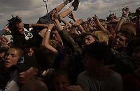NOFX. Warped Tour. 06/22/2002, 6:32:17 PM<br />