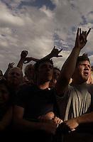 NOFX. Warped Tour. 06/22/2002, 6:28:43 PM<br />