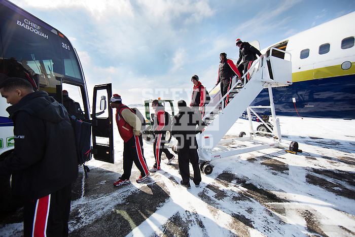 team goes straight from plane to bus