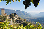 Italien, Suedtirol, bei Meran, Dorf Tirol: Landesmuseum Schloss Tirol | Italy, South Tyrol, Alto Adige, near Merano, Tirolo: Tirol castle - provincial museum of history and culture