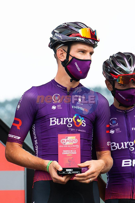 Jetse Bol (NED) Burgos-BH most aggressive rider from yesterday's stage at sign on before the start of Stage 17 of La Vuelta d'Espana 2021, running 185.8km from Unquera to Lagos de Covadonga, Spain. 1st September 2021.     <br /> Picture: Cxcling | Cyclefile<br /> <br /> All photos usage must carry mandatory copyright credit (© Cyclefile | Cxcling)