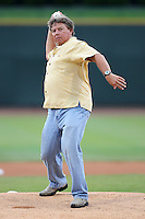 Great Lakes Loons had ex-MLB player Darrell Evans throw out the first pitch during a game vs. the Dayton Dragons at Dow Diamond in Midland, Michigan August 19, 2010.   Great Lakes defeated Dayton 1-0.  Photo By Mike Janes/Four Seam Images