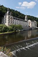 Europe/France/Aquitaine/24/Dordogne/Brantome: <br /> L'abbaye Saint-Pierre de Brantôme est une ancienne abbaye bénédictine