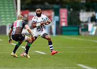 26th December 2020; Twickenham Stoop, London, England; English Premiership Rugby, Harlequins versus Bristol Bears; Goose Step from Semi Radradra of Bristol Bears in an attempt to pass Mike Brown of Harlequins