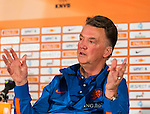 The Netherlands coach Louis van Gaal reacts during a news conference in Hoenderloo May 13, 2014. The Dutch National soccer team is preparing for the World Cup 2014 in Brazil. REUTERS/Michael Kooren (NETHERLANDS