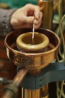 Europe/France/Aquitaine/64/Pyrénées-Atlantiques/Pays-Basque/Saint-Jean-Pied-de-Port: Domaine Brana: Distillation de la très renommée Eau de vie de Poire Brana,