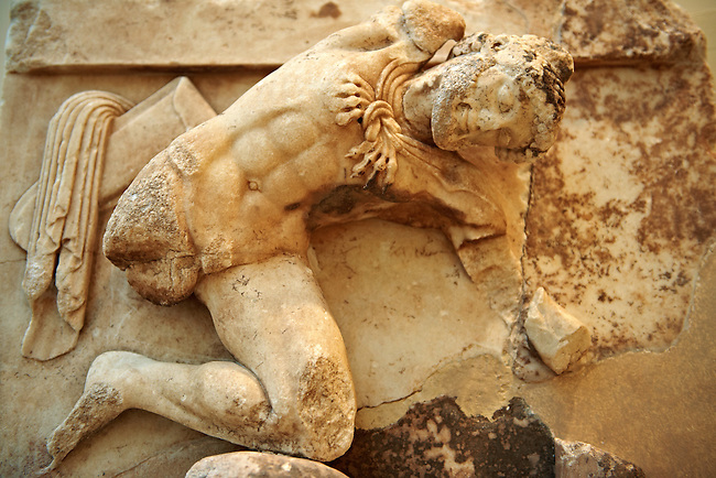Hercules from the metope of hte Treasury of the Athenians, Delphi Archaeological Museum