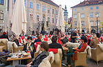 Oesterreich, Kaernten, Landeshauptstadt Klagenfurt: Cafe in der Altstadt | Austria, Carinthia, district capital Klagenfurt: cafe scene at old town