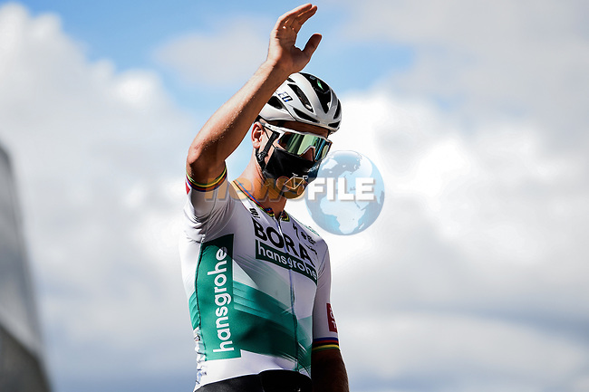 Peter Sagan (SVK) Bora-Hansgrohe at sign on before the start of Stage 3 of Tour de France 2020, running 198km from Nice to Sisteron, France. 31st August 2020.<br /> Picture: ASO/Pauline Ballet | Cyclefile<br /> All photos usage must carry mandatory copyright credit (© Cyclefile | ASO/Pauline Ballet)