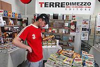 """""""Do the right thing"""", fair of the critical consumption and the sustainable styles of life, publishing house """"Terre di Mezzo""""....- """"Fa la cosa giusta"""",  fiera del consumo critico e degli stili di vita sostenibili, casa editrice """"Terre di Mezzo"""""""
