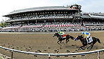 August 29, 2015 : Keen Ice, ridden by Javier Castellano upsets Triple Crown winner American Pharoah, ridden by Victor Espinoza, to win the Travers Stakes on Travers Stakes Day in Saratoga Springs, NY. Bob Mayberger/ESW/CSM