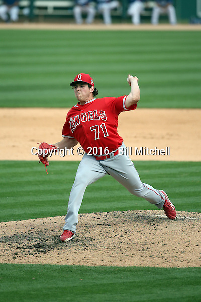 Greg Mahle - Los Angeles Angels 2016 spring training (Bill Mitchell)