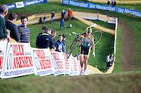 Nikki Harris (GBR/Telenet-Fidea) stopped in her tracks by a mechanical<br /> <br /> GP Mario De Clercq<br /> Hotondcross 2014