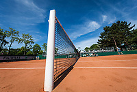 Paris, France, 31 May, 2017, Tennis, French Open, Roland Garros, Man's doubles Wesley Koolhof (NED) / Matwe Middelkoop (NED) overall vieuw<br /> Photo: Henk Koster/tennisimages.com