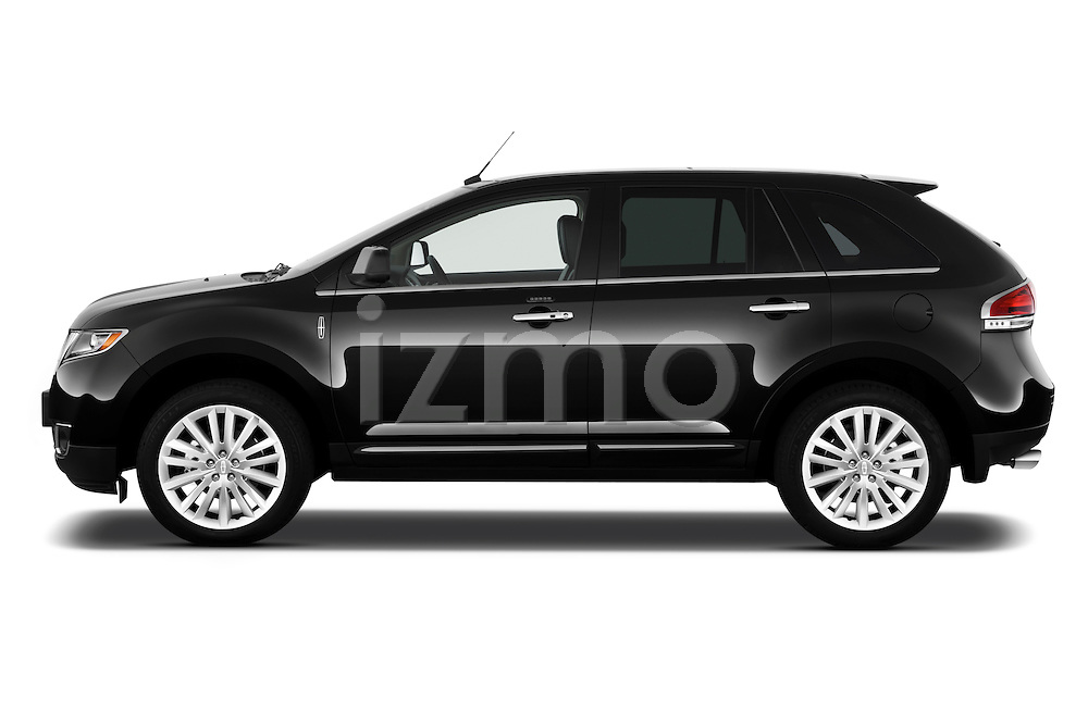 Driver side profile view of a 2011 Lincoln MKX.