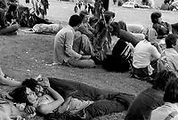 Plus de 100 00 personnes assistent aux celebrations de la Fete de la Saint-Jean-Baptiste, du 23 au 25 Juin 1976 au Lac-des-Castors, <br />  sur le Mont-Royal
