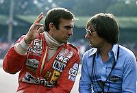 10.09.1978  Carlos Reutemann (Argentinien / Ferrari, li.) speaks with Bernie Ecclestone (England / Brabham Alfa Romeo)