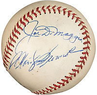 BNPS.co.uk (01202 558833)<br /> Pic: HeritageAuctions/BNPS<br /> <br /> Pictured: The baseball.<br /> <br /> A baseball could sell for a staggering £300,000 - as it is signed by Marilyn Monroe.<br /> <br /> The icon and her second husband, baseball star Joe DiMaggio, signed the ball in 1961 when they were reportedly considering a reconciliation.<br /> <br /> The pair were married for nine tempestuous months in 1954 following a whirlwind romance before Monroe filed for divorce.