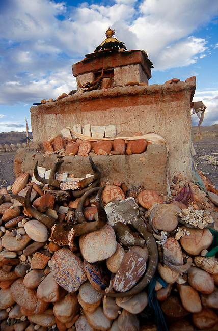 CHORTEN & MANI STONES in the 11th Century city of THOLING built by RINCHEN ZONGPO - GUGE KINGDOM, WESTERN TIBET