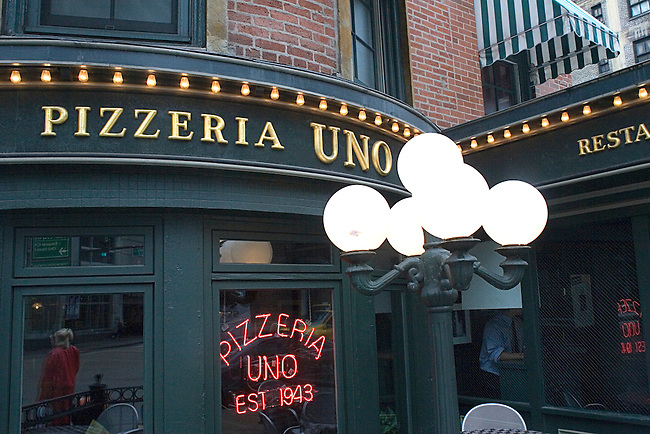 Pizzeria Uno Restaurant, Chicago, Illinois