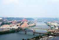 Pittsburgh: Panorama. Photo 2001.
