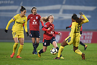 2018013 - LILLE , FRANCE : LOSC's Silke Demeyere (M) with PSG's Jennifer Hermoso (L) and Kadidiatou Diani (R) pictured during the women soccer game between the women teams of Lille OSC and Paris Saint Germain  during the 13 th matchday for the Championship D1 Feminines at stade Lille Metropole , Saturday 13th of January ,  PHOTO Dirk Vuylsteke | Sportpix.Be