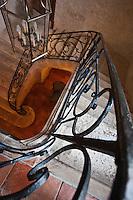 Europe/France/Midi-Pyrénées/32/Gers/Saint-Puy: Escalier de la Chambre d'Hôte : La Lumiane dans une demeure du XVII° siècle