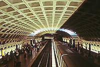 Washington D.C. : Metro Central Station.  Photo '91.
