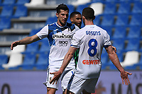 Robin Gosens of Atalanta BC celebrates with Remo Freuler after scoring the goal of 0-1 during the Serie A football match between US Sassuolo and Atalanta BC at Citta del Tricolore stadium in Reggio Emilia (Italy), May 2nd 2021. Photo Andrea Staccioli / Insidefoto