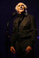 Gilles Vigneault - Palais des Arts de Vannes le 05 mars 2008<br /> Photo : Serge Jolivel/DALLE