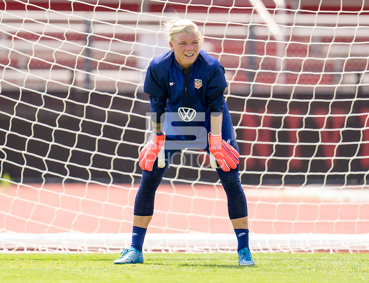 HOUSTON, TX - JUNE 8: Jane Campbell #18 of the USWNT looks to the ball during a training session at the University of Houston on June 8, 2021 in Houston, Texas.