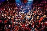 """Oslo, 20070127. Spellemannprisen 2006, Chatau Neuf. Vamp er ivrige i allsangen, """"om englarna fans"""". Foto: Eirik Helland Urke / Dagbladet"""