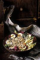 Europe/France/Midi-Pyrénées/65/Hautes-Pyrénées : La traditionnelle salade de morue du Vendredi Saint
