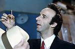 Roma, Cinecittà,1991, Roberto Benigni sul set del film Johnny Stecchino, Roma, Cinecittà,1991, Roberto Benigni on Johnny Stecchino movie set