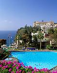Portugal, Madeira, Funchal - Blick vom Carlton auf das historische Reid's Hotel | PT, Portugal, Madeira, Funchal - view from Carlton at historic Reid's Hotel