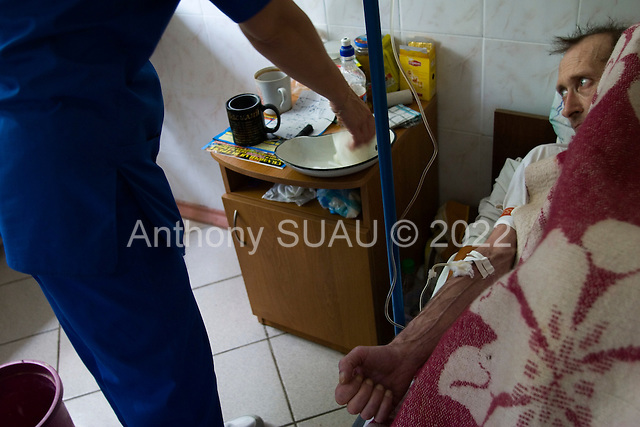 Odessa, Ukraine.August 26, 2005 ..An Aids patent is treated at a clinic in Odessa.
