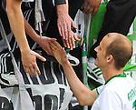 14.05.2011, Fritz-Walter Stadion, Kaiserslautern, GER, 1. FBL, 1.FC Kaiserslautern vs Werder Bremen, im Bild Petri Pasanen (Bremen #3) ist nach dem Spiel bei den Fans, Foto © nph / Roth