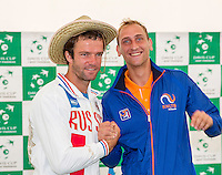 Moscow, Russia, 14 th July, 2016, Tennis,  Davis Cup Russia-Netherlands, The draw,  Teymuraz Gabashvili (RUS) v Thiemo de Bakker (NED) (R) in the second match, <br /> Photo: Henk Koster/tennisimages.com