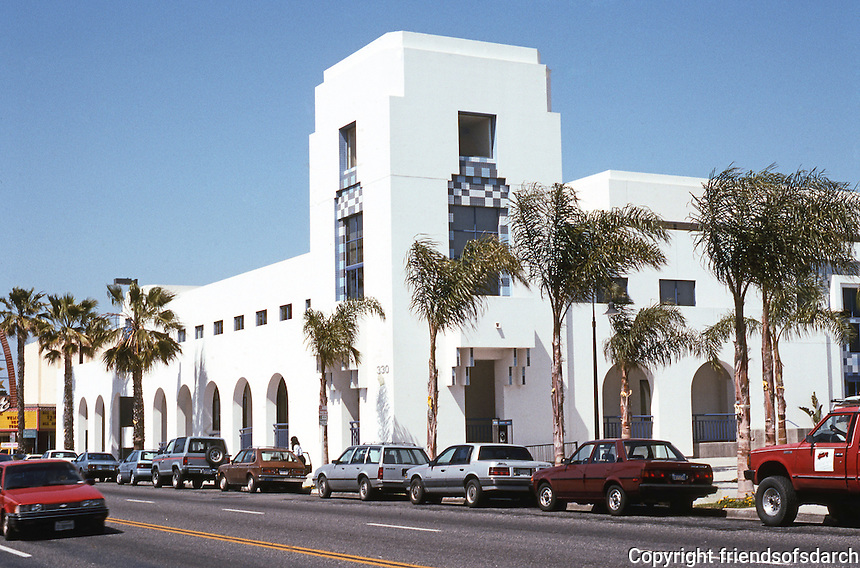 Oceanside: City Hall-Public Library Complex. Charles Moore, Architect. Views SW corner of Hill St. & Third. Photo '89.